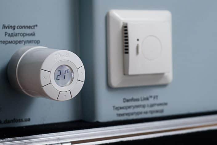 Danfoss Linc CC управление на термоглави и терморегулатори