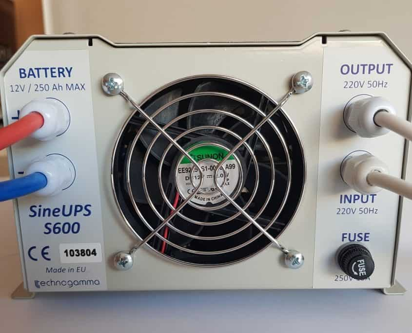 UPS инвертор SineUPS S600
